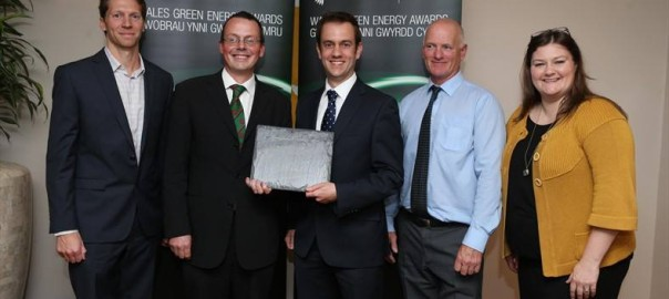 RenewableUK present Dan McCallum of Egni with the Best New Startup award at the 2015 Wales Green Energy Awards.